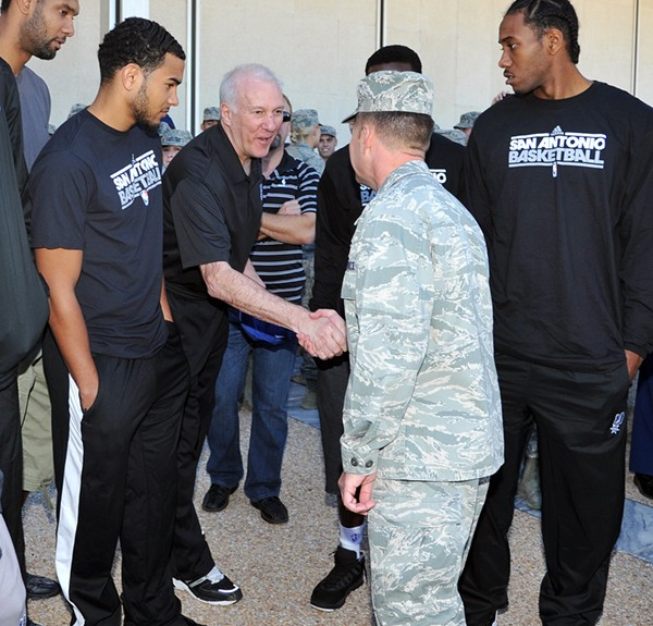 The San Antonio Spurs have lunch at the United States Air Force Academy