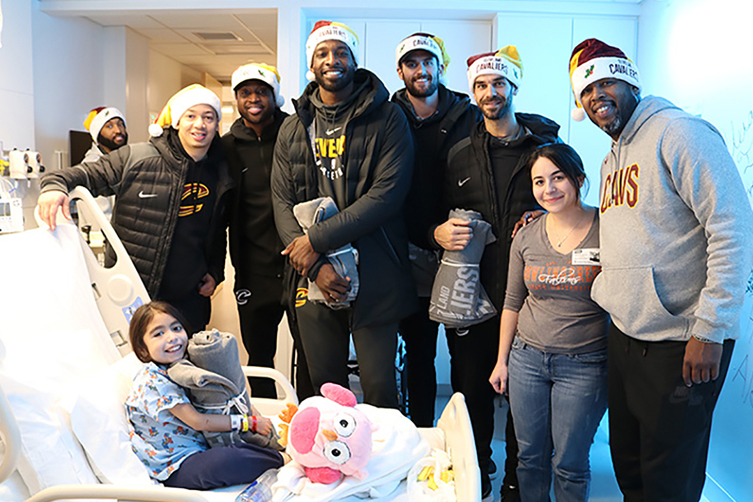 TyronnLue-SeasonofGiving-1080x720