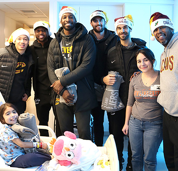 TyronnLue-SeasonofGiving-600x600